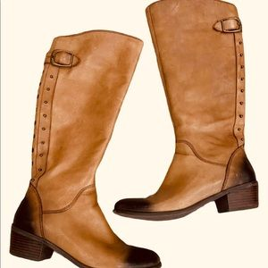 LUCKY BLAIRE 2 STUDDED DISTRESSED RIDING BOOTS 6.5